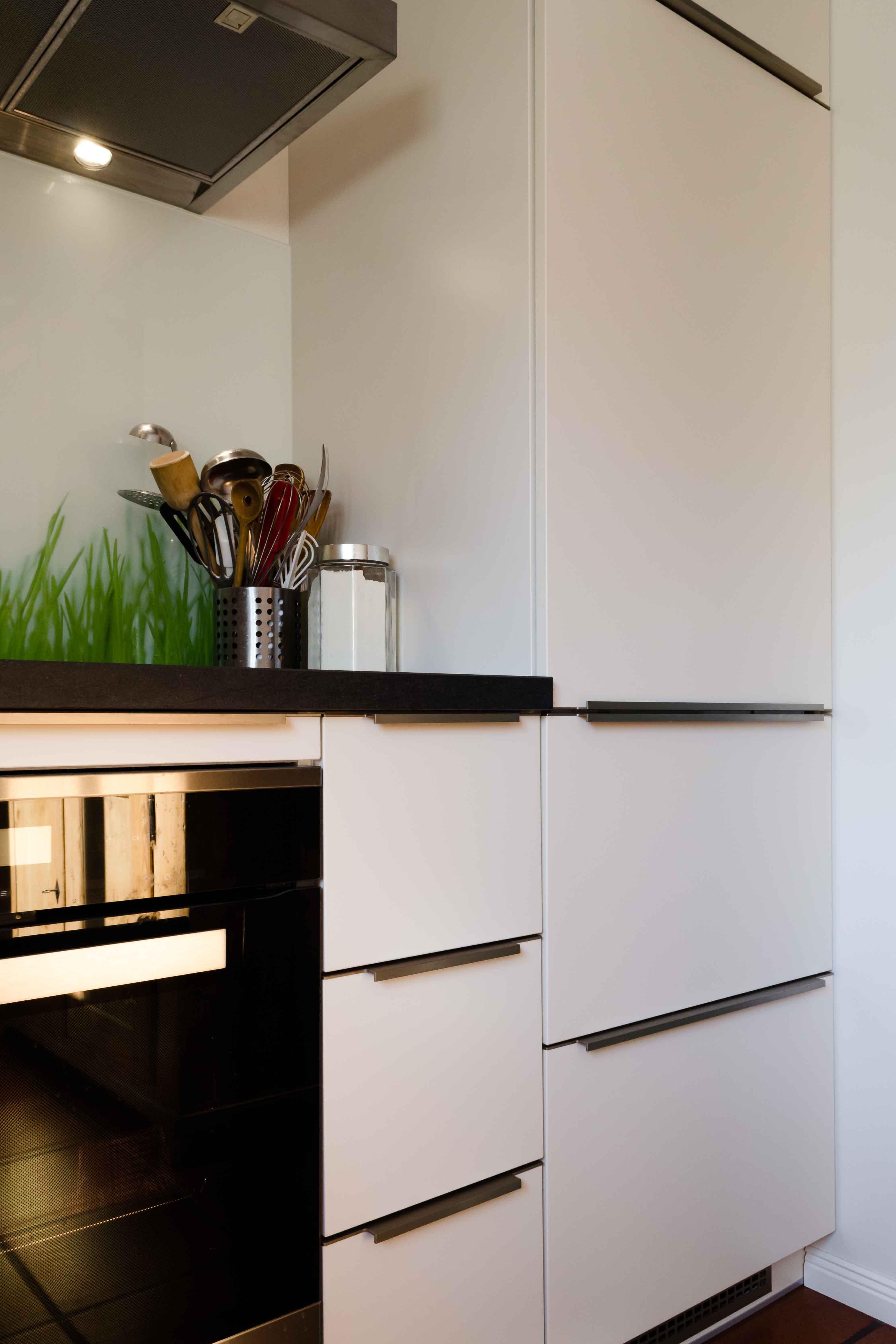 Küche weiß matt lackiert – Schreinerei Winnes aus Walldorf